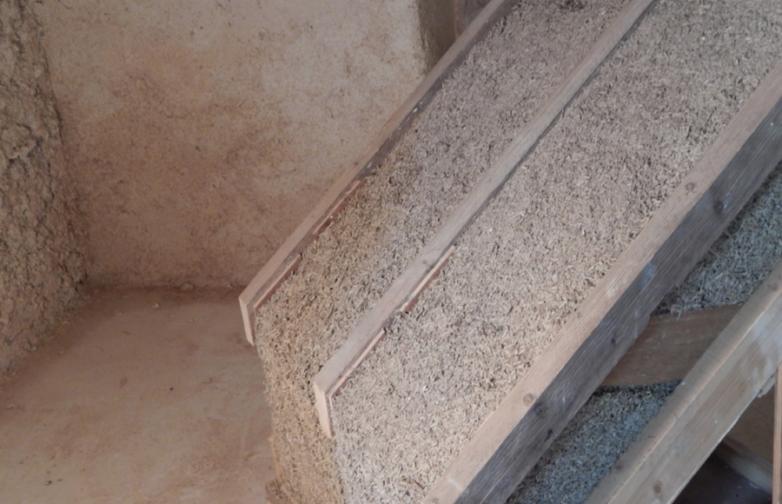 Exemple d'une isolation de toiture en béton de chanvre