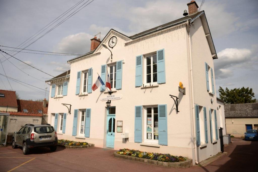 Gironville-sur-Essonne-Mairie