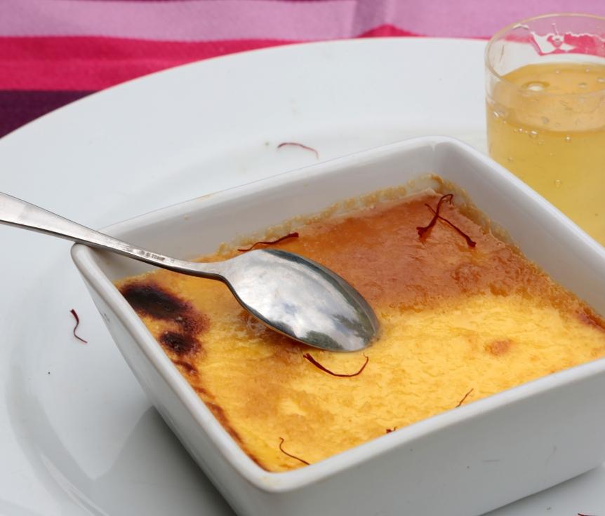 Crème brûlée au miel et safran