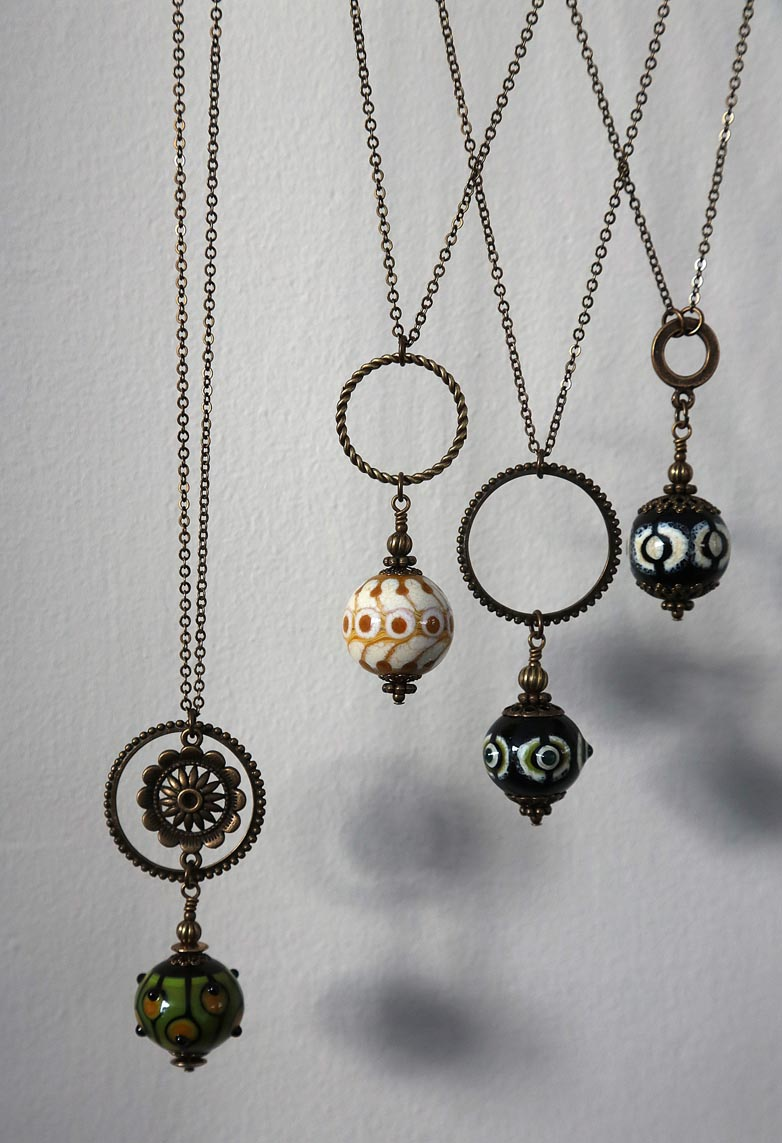 Christine Kozlowski, perles en verre soufflé et au chalumeau